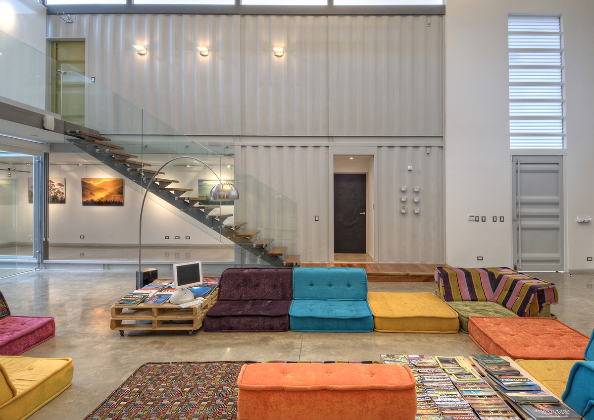 stunning-2-story-home-8-shipping-containers-9