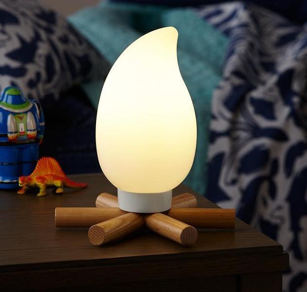 campfire-nightlight-brings-bonfire-to-kids-room-1-thumb-630xauto-51362-630x600