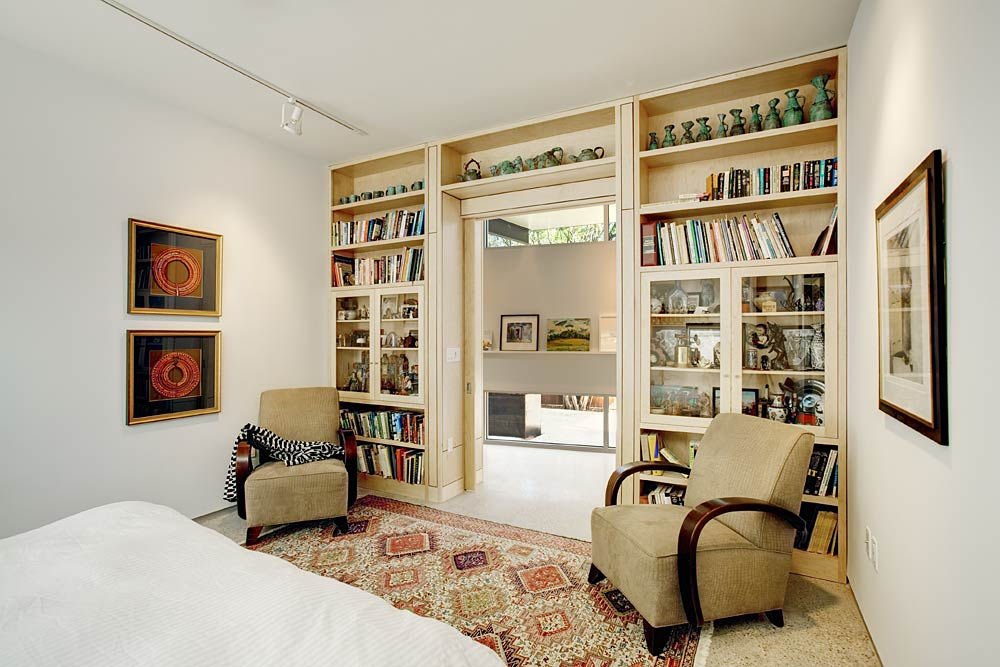 stylishly-simple-modern-1-story-house-16