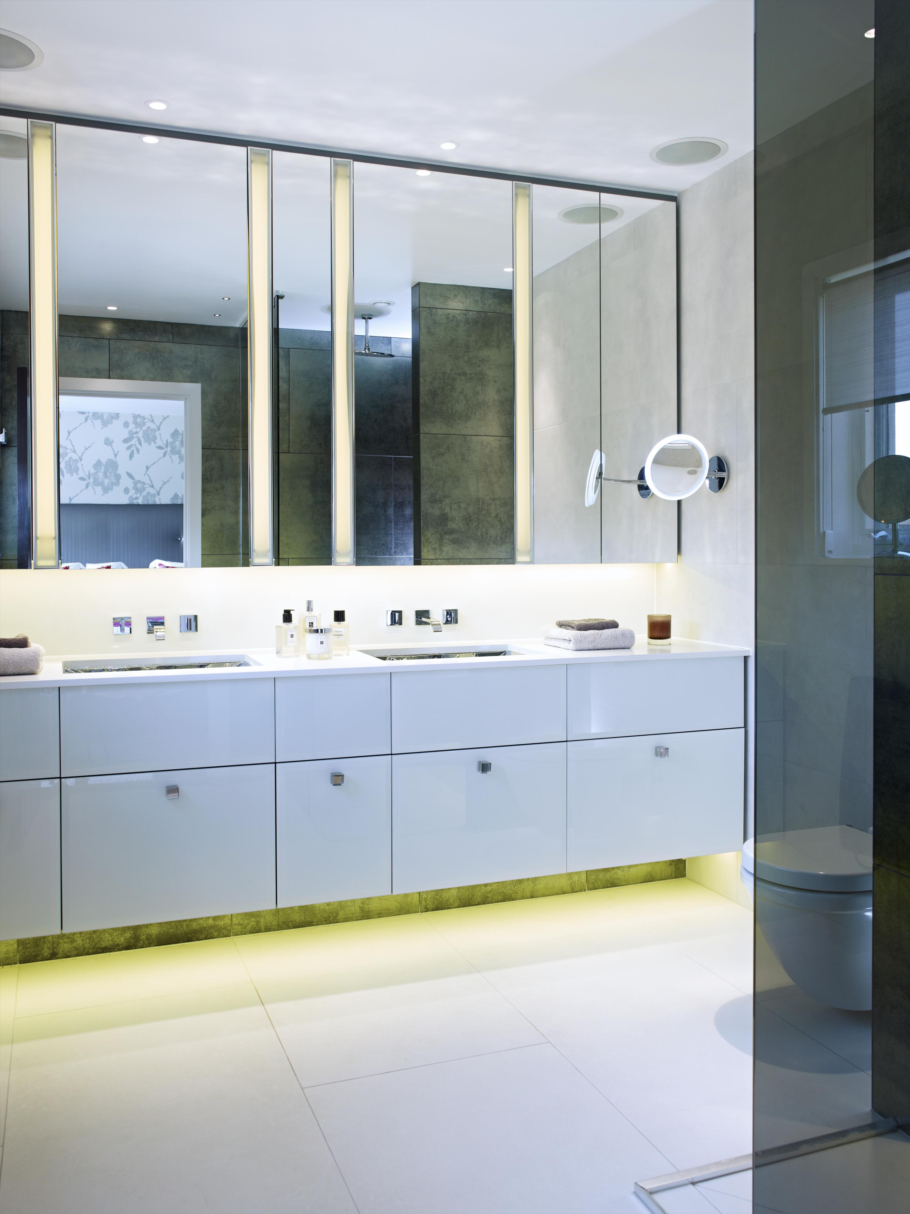 Callender Howorth_Essex Mansion_Luxury bathroom_03