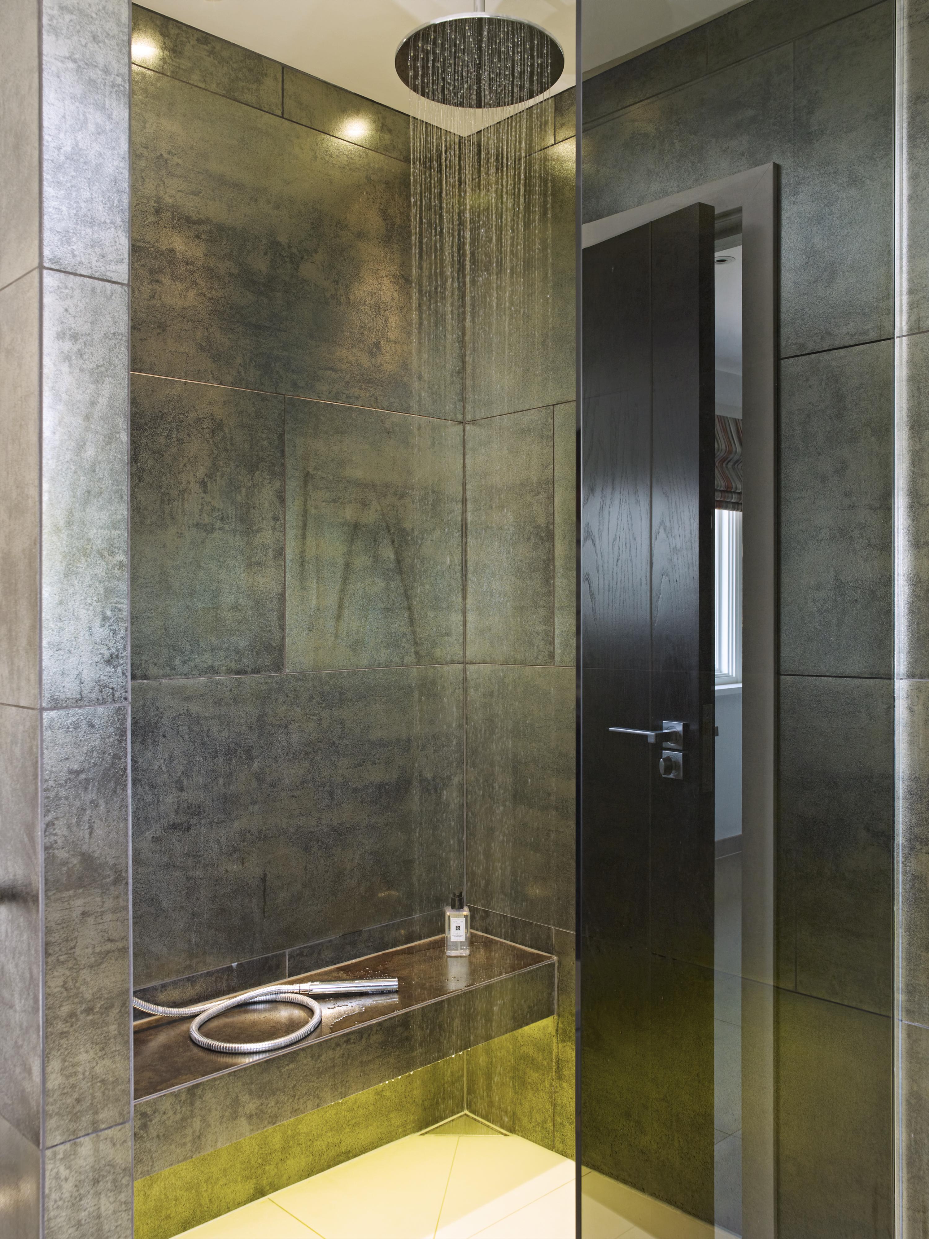 Callender Howorth_Essex Mansion_Luxury shower