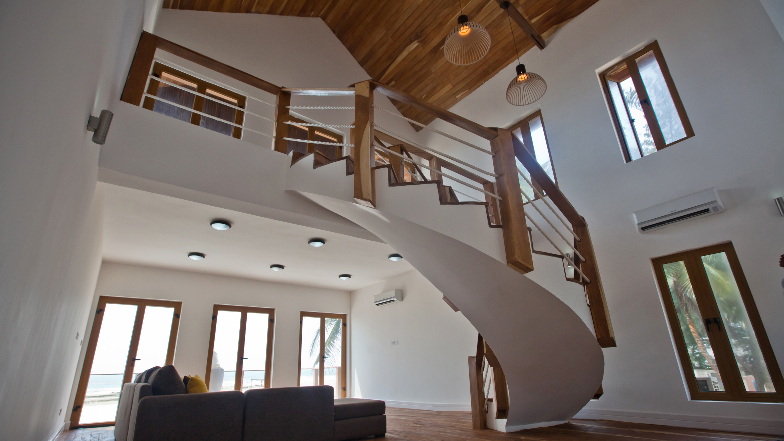 PRIVATE BEACH HOUSE INTERIOR 1