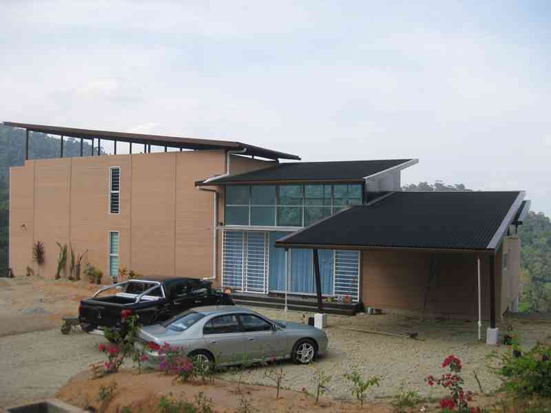 shipping-container-building-in-malaysia-12