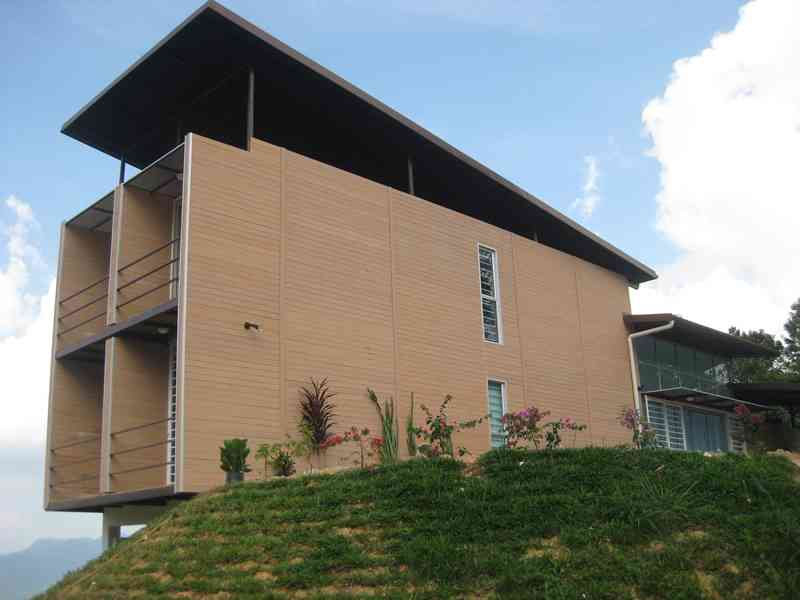 shipping-container-building-in-malaysia-13