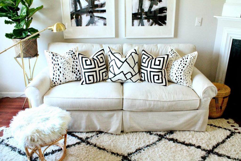 diy-designer painted pillows