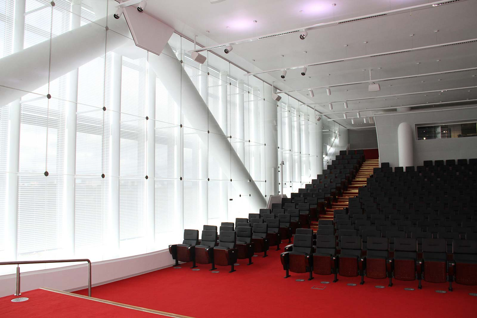 the-mauritius-commercial-bank-ebene-jean-francois-koenig-auditorium-view