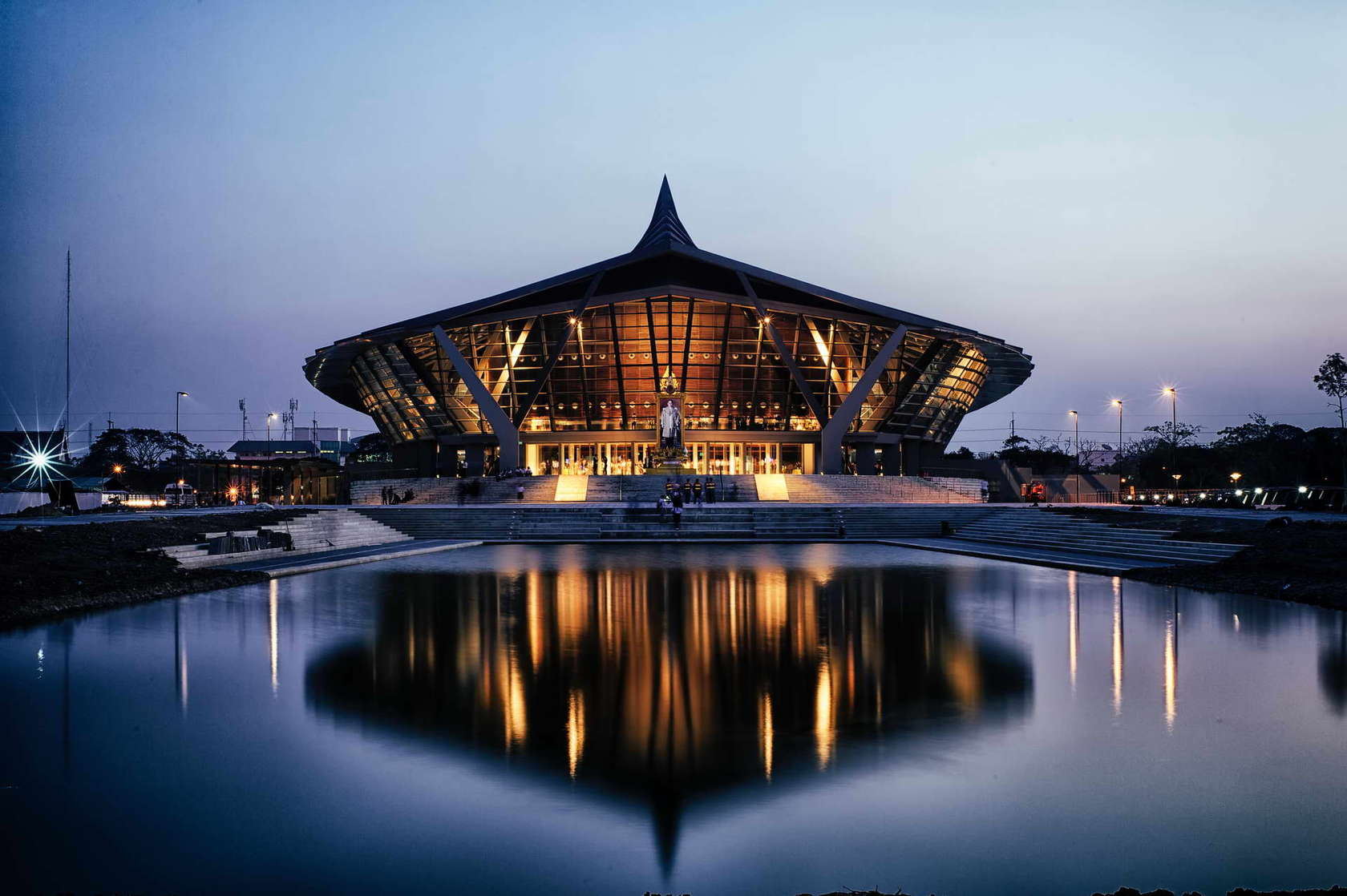 Prince Mahidol Hall In Thailand By Architects 49 Livin