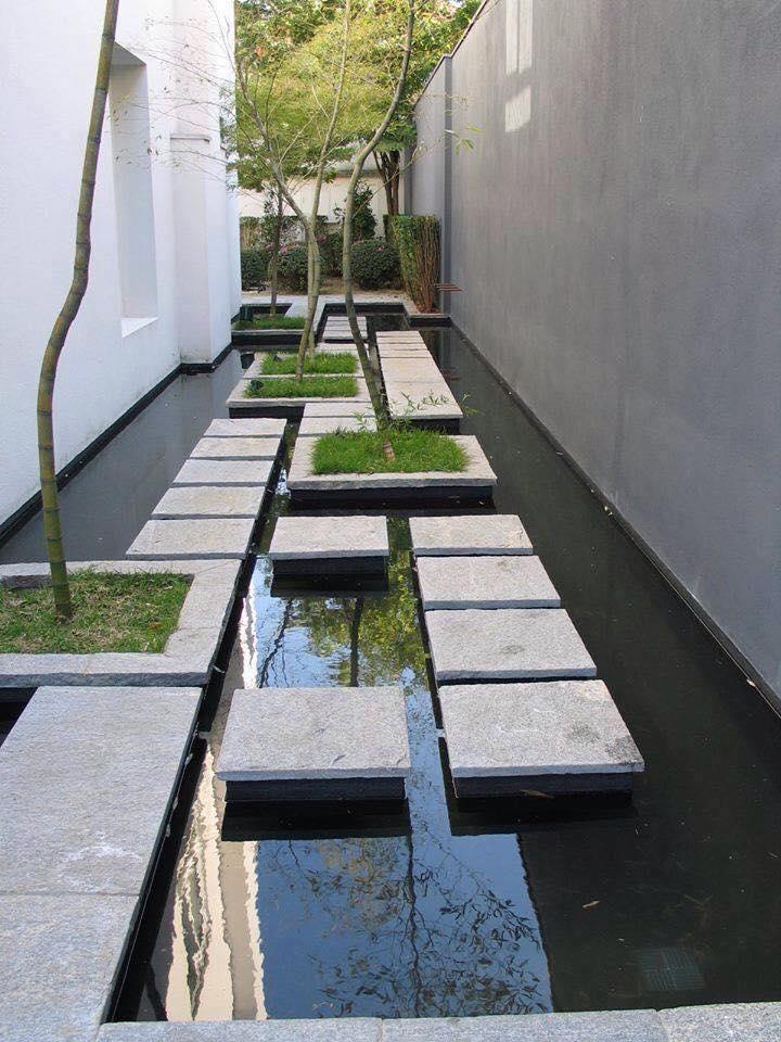 courtyard 25