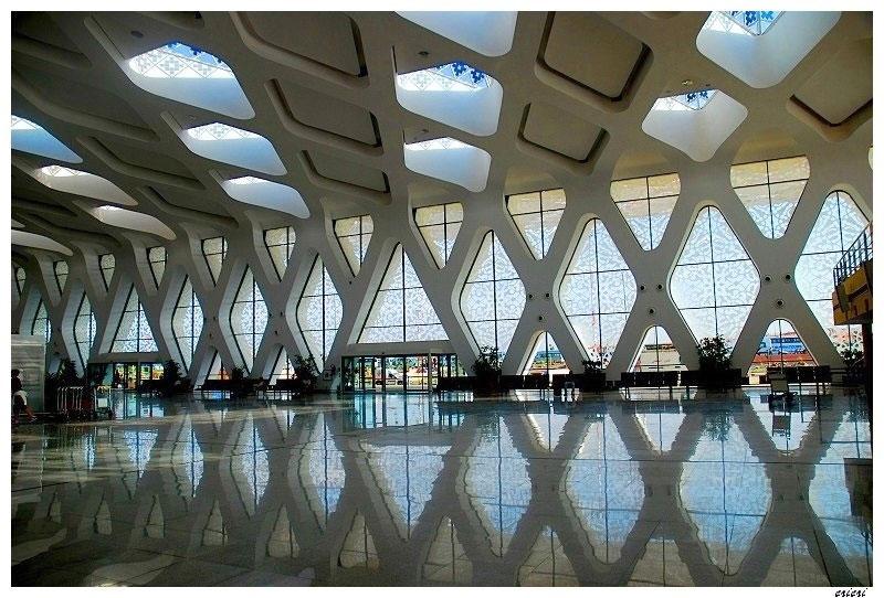 marrakech-menara-airport-extension_e2a-architecture_entrance-lobby