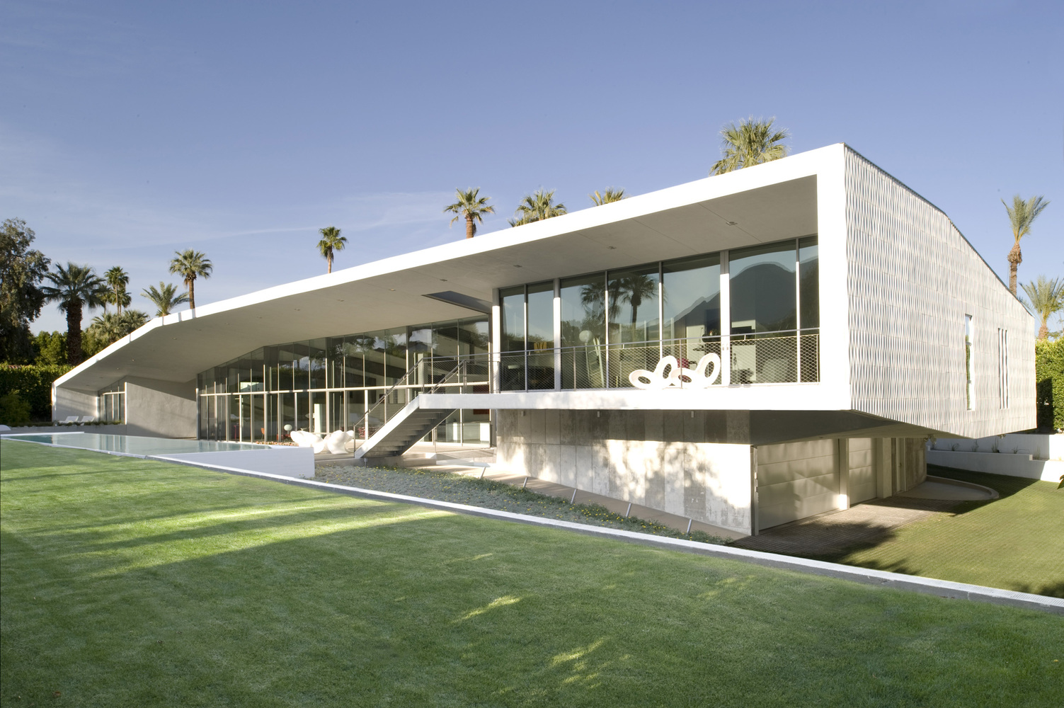 THE DESERT CANOPY HOUSE IN CALIFORNIA BY SANDERS