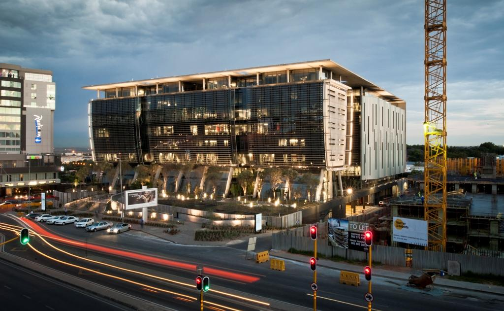 115 West Street Office Building In South Africa By Paragon
