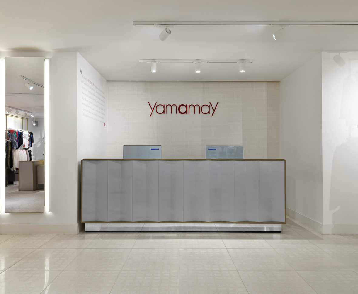 09572fa437b8b Piuarch designs the new Yamamay concept store