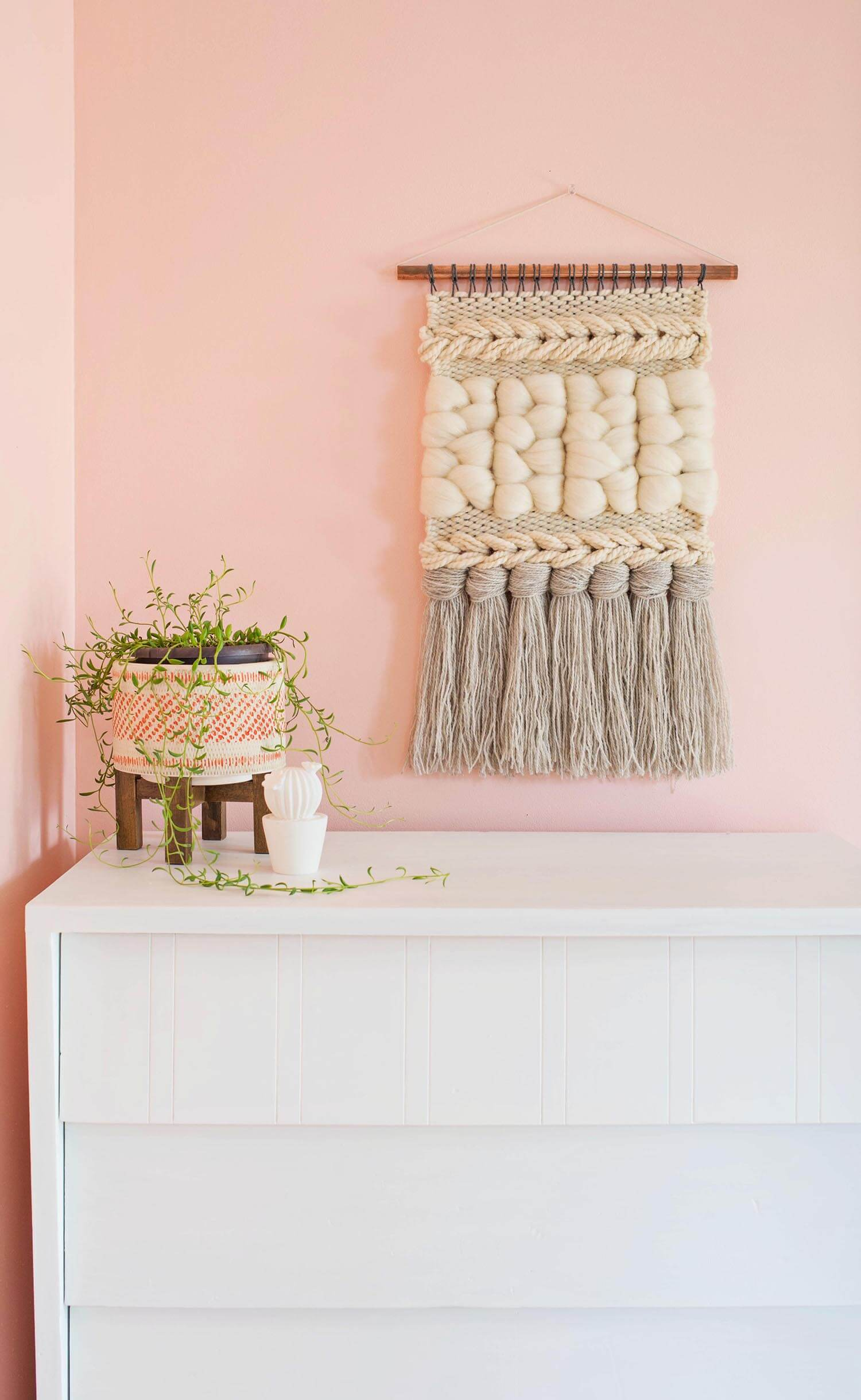These Diy Woven Yarn Wall Hangings Will Add Texture And