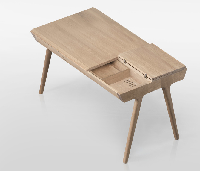 The Metis Desk by Goncalo Campos for WeWood 2