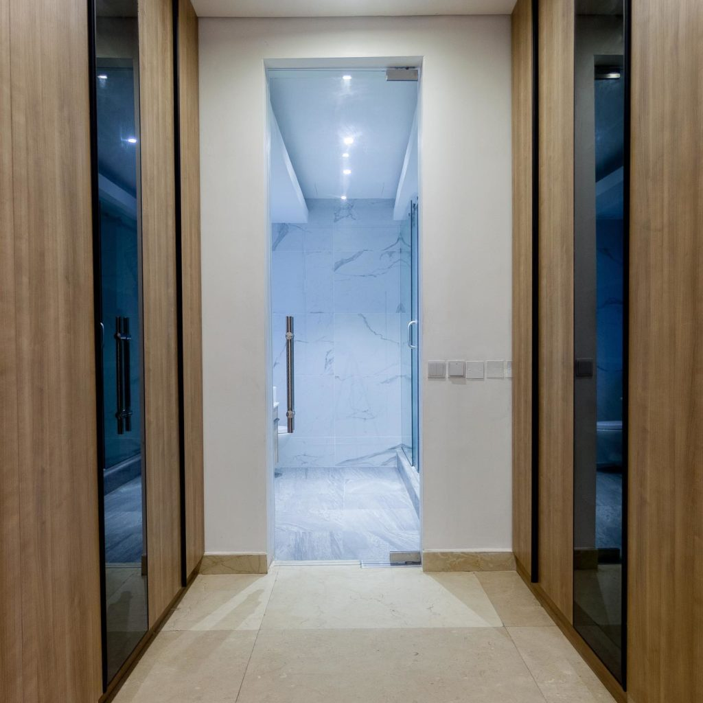 KEYM Residence_Studio OLA_closet bathroom