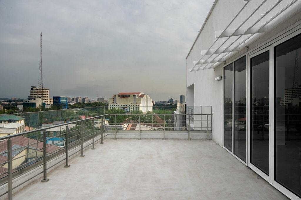 MG-Building_Abuja_Akinwale-Arokodare_rooftop 3