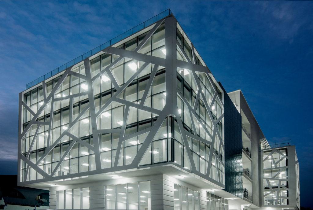 MG-Building_Abuja_Akinwale-Arokodare_facade 9