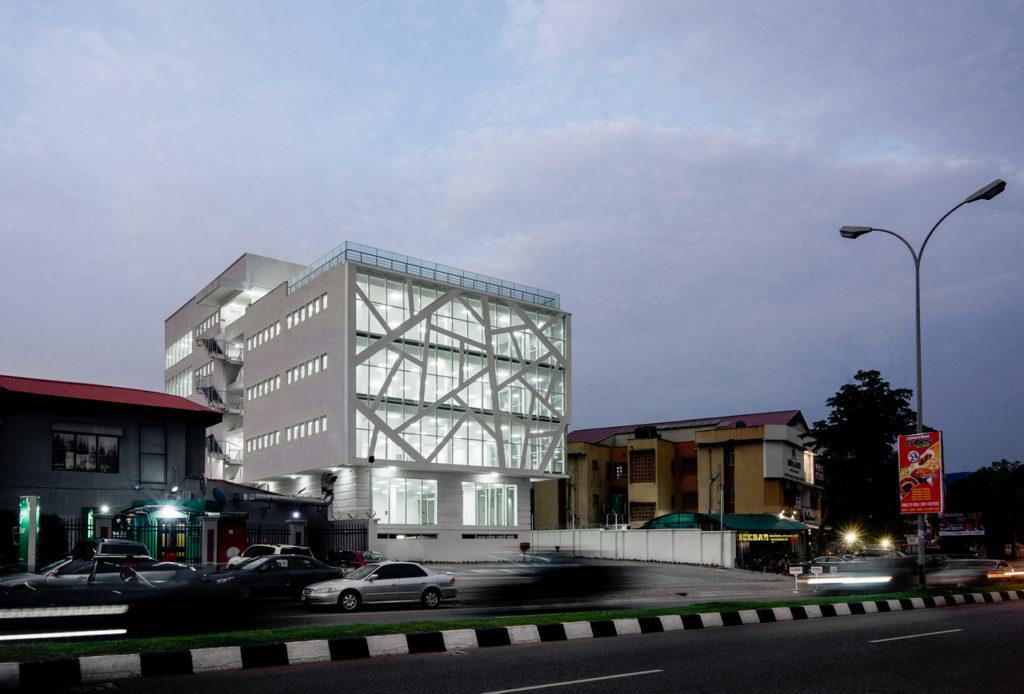MG-Building_Abuja_Akinwale-Arokodare_facade 7
